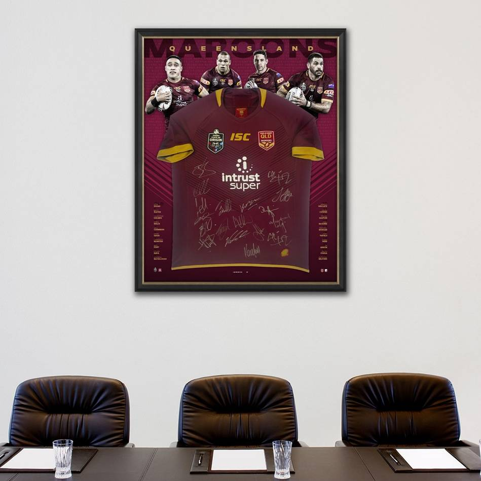 mainQueensland Maroons 2018 State of Origin Squad Signed Jersey1