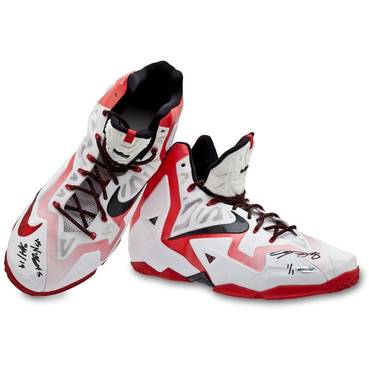 LeBron James Signed Match-Worn Shoes (vs Nuggets, 03/14/14)