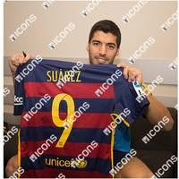 Luis Suarez Match-Worn Barcelona Jersey (2015-16 El Clasico)1