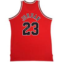 Michael Jordan Signed Chicago Bulls Jersey0