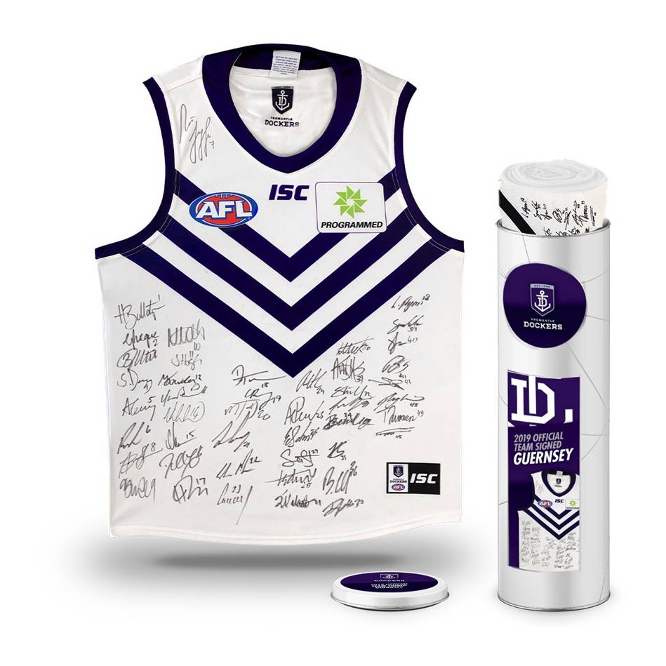 mainFremantle Football Club 2019 Team Signed Guernsey0