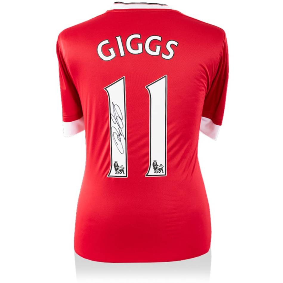 mainRyan Giggs Signed Modern Manchester United Home Shirt0