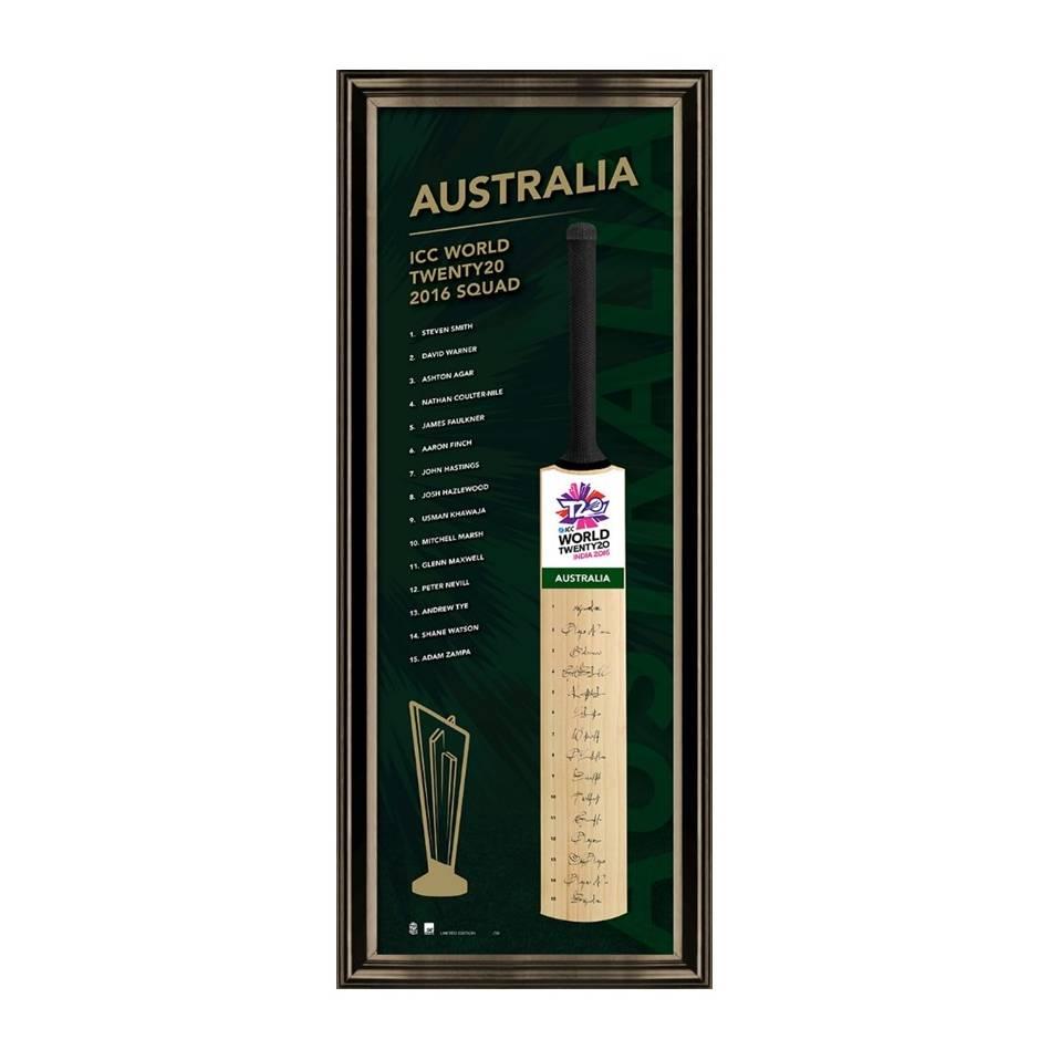 mainAUSTRALIA TEAM SIGNED BAT0