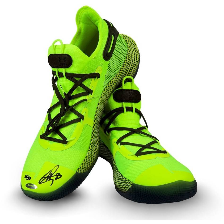 Stephen Curry Signed Under Armour Shoes0
