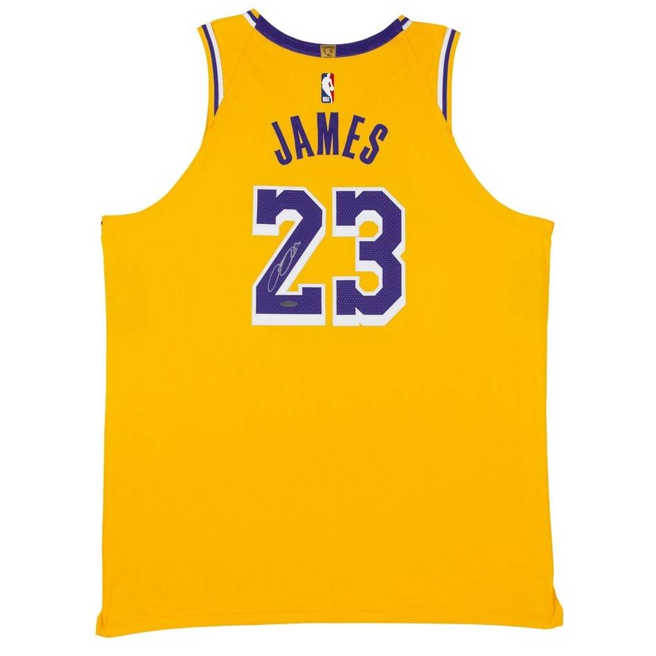 LeBron James Signed Los Angeles Lakers Gold Jersey0