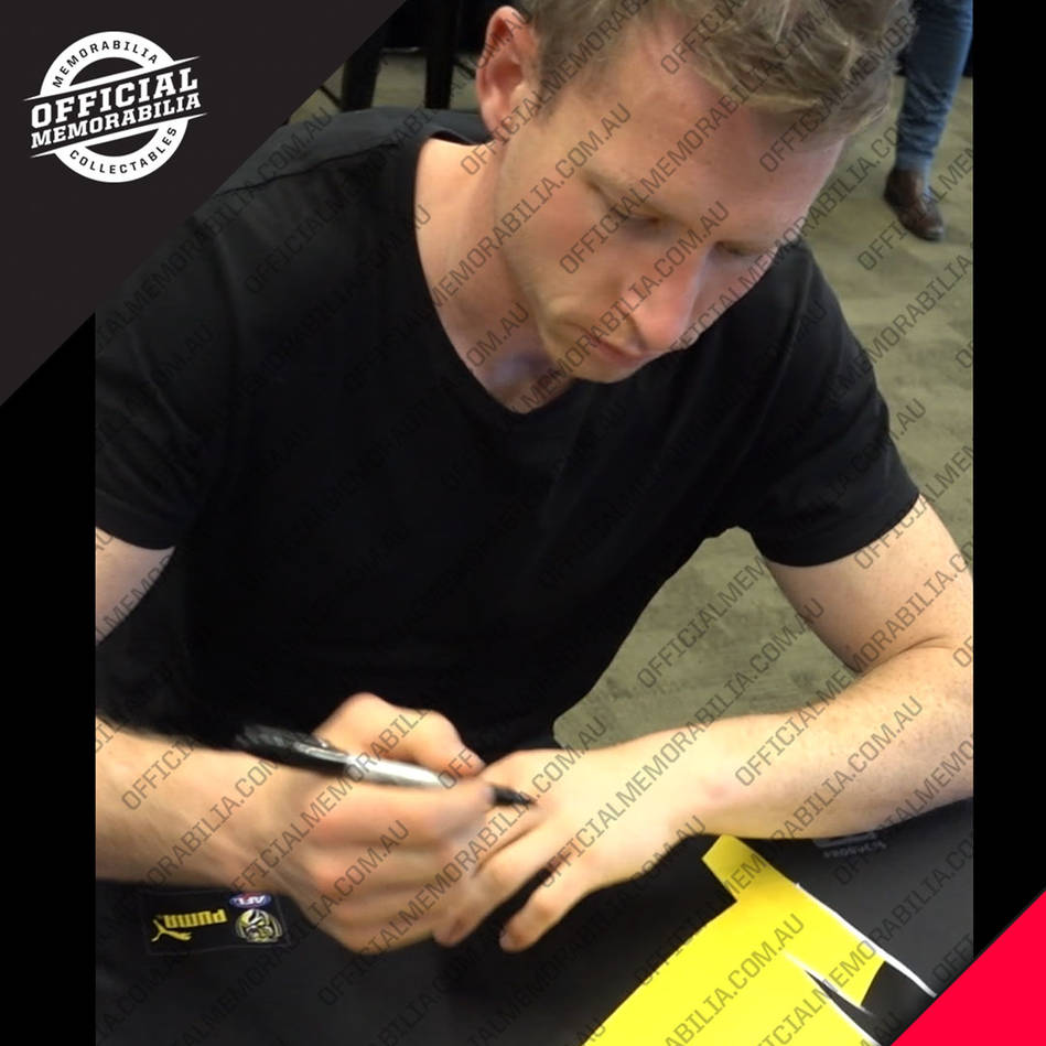 mainRichmond 2019 Premiers Team Signed Guernsey – Deluxe4