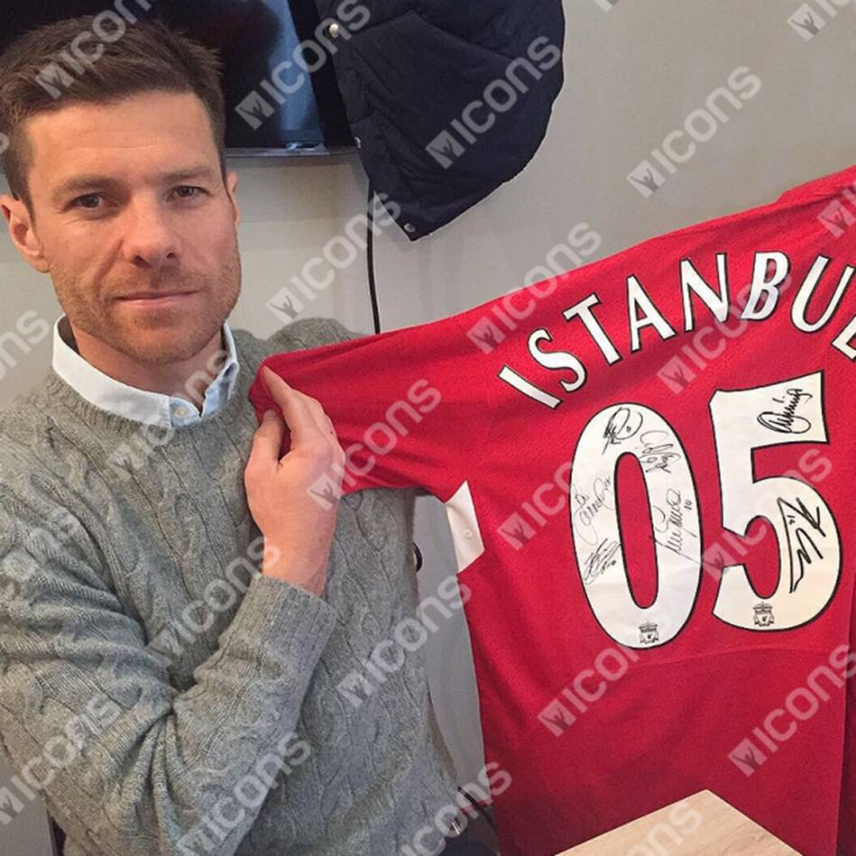 mainLiverpool 2005 UEFA Champions Signed 'Miracle of Istanbul'1