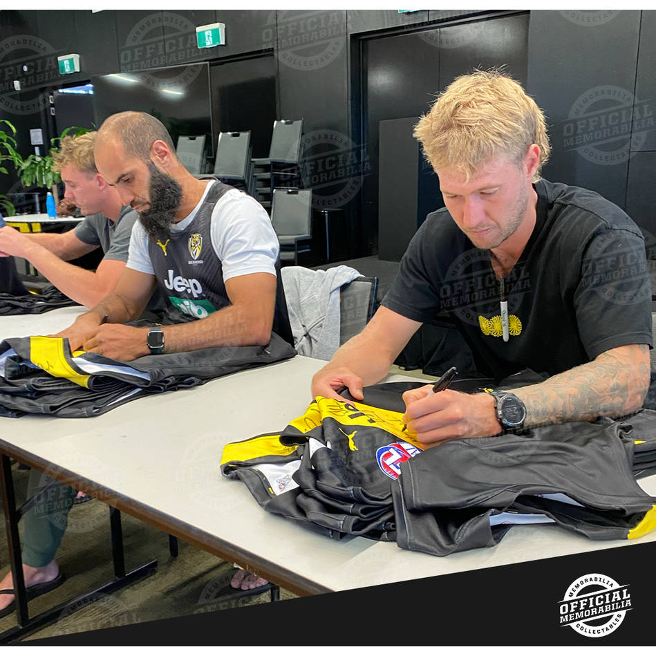 Richmond 2020 Premiers Team Signed Guernsey – Deluxe3