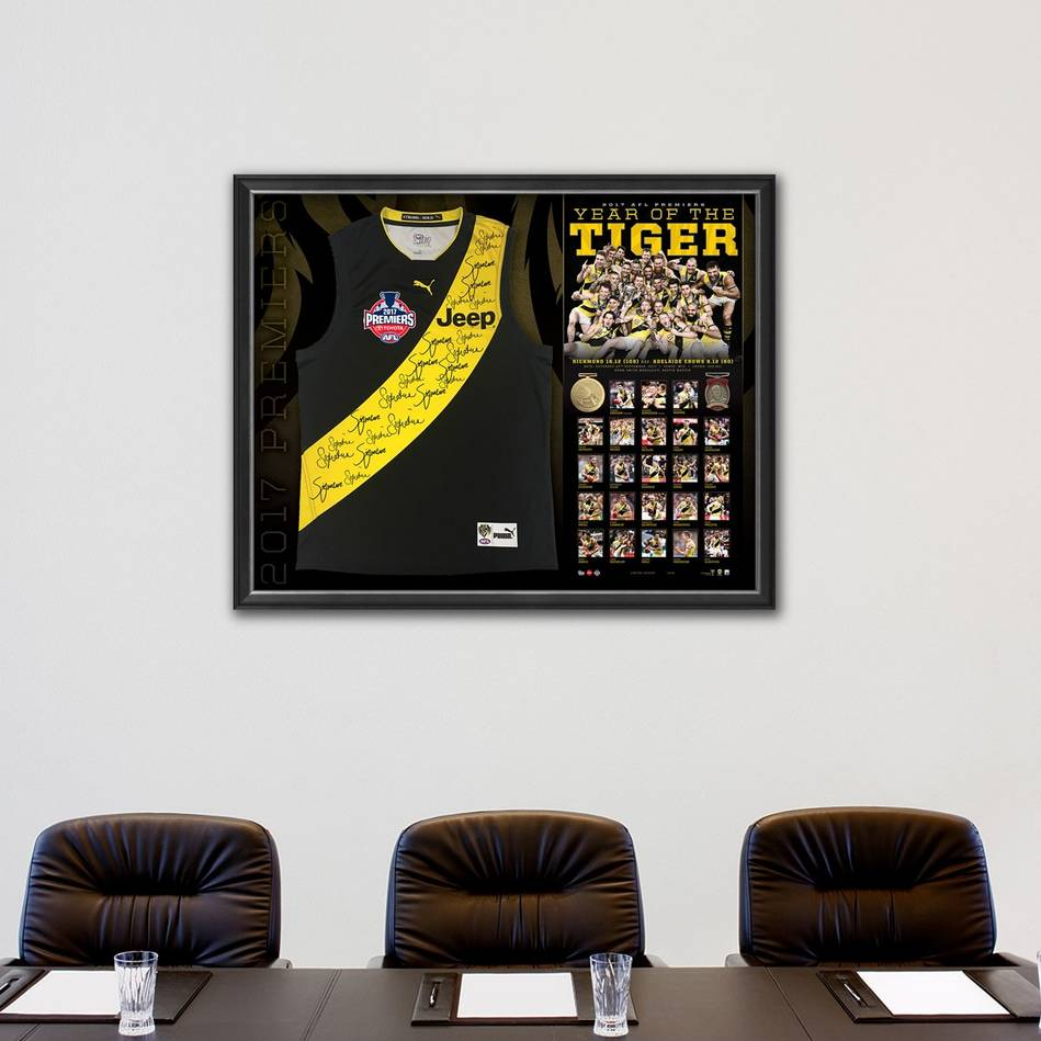 mainRICHMOND 2017 PREMIERS TEAM SIGNED GUERNSEY 'YEAR OF THE TIGER'1