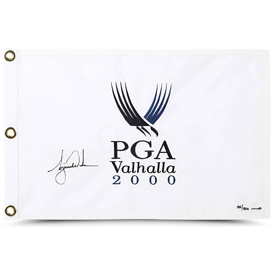 mainTIGER WOODS SIGNED 2000 PGA CHAMPIONSHIP PIN FLAG0