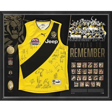 RICHMOND 2017 PREMIERS TEAM SIGNED 'A YEAR TO REMEMBER'